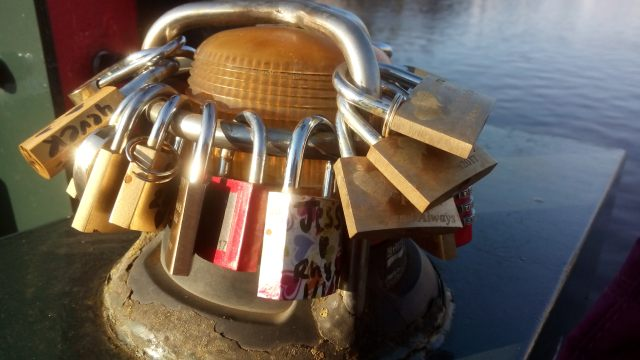 Love-locks on Magere Brug